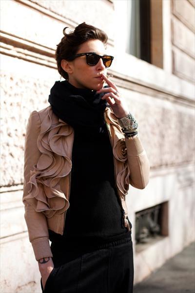 кожаная куртка, девушка в кожаной куртке, модная куртка 2012