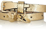 3_alexander-mcqueen-cracked-leather-skull-bracelet_7-must-have-leather-jewelry2[1]
