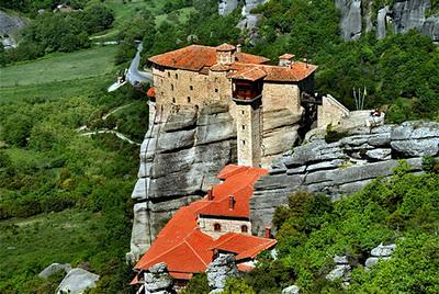 Метеоры, Греция, монастыри в скалах
