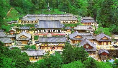 10. Буддийский  Храм Хэинса (HAEINSA)