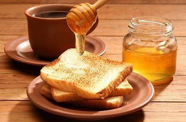 Как правильно выбрать натуральный мед?