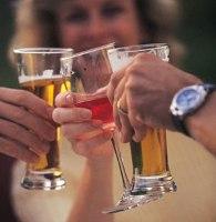 Пиво и вино способствуют раку кишечника.