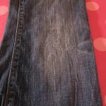 Потертость джинсов фото