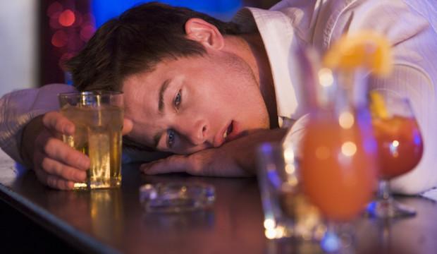 Чилийские ученые представили вакцину от алкоголизма