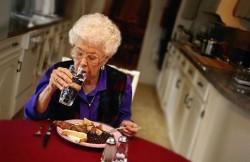 Почему снижается слух в пожилом возрасте?