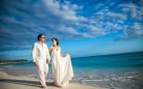 Жених и невеста на свадьбе фото