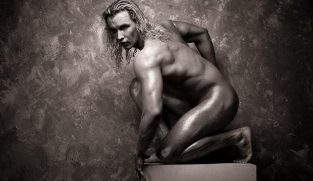 Мужчина-статуя фото