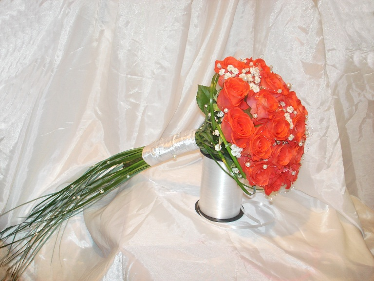 Букет из роз своими руками фото