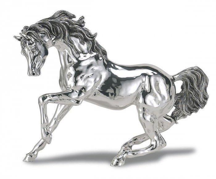 Лошадка из серебра фото