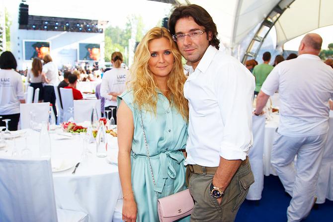 Андрей Малахов с супругой фото
