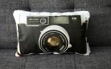 Подушка в виде фотоаппарата фото