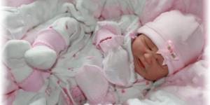 Дизайнерская-одежда-для-новорожденных