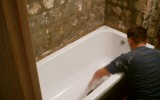 Как-самостоятельно-установить-ванну
