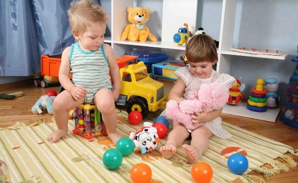 Какие-игрушки-выбирать-для-ребёнка-4-лет