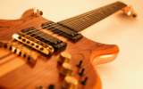 Как-научиться-играть-на-электрогитаре