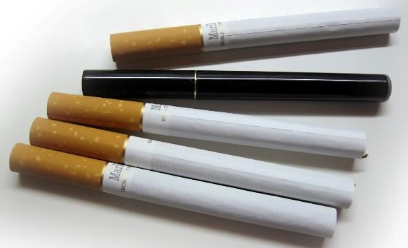 История-появления-электронных-сигарет