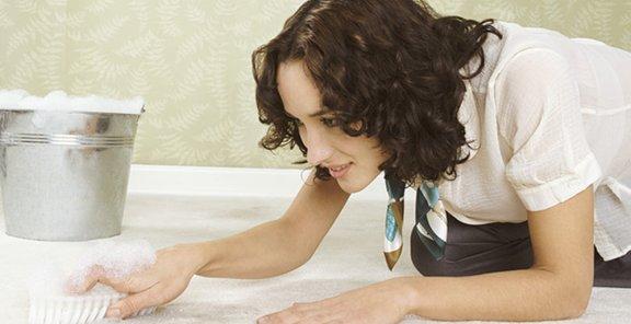 Как быстро очистить ковролин?