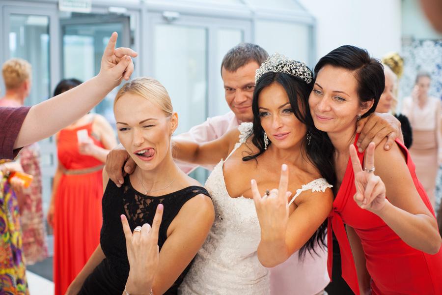 fotobudka-na-svadbu-otlichnoe-reshenie