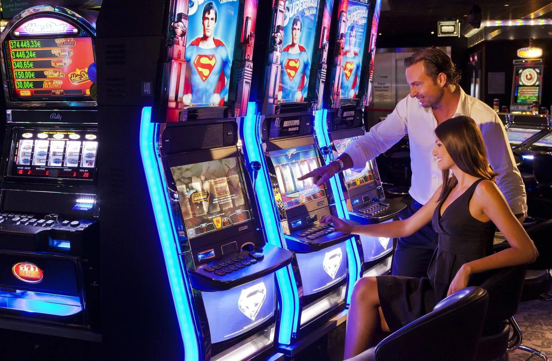крупнейшая коллекция игровых автоматов онлайн 2015г