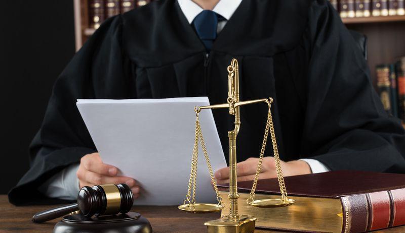 адвокат по интернет делам